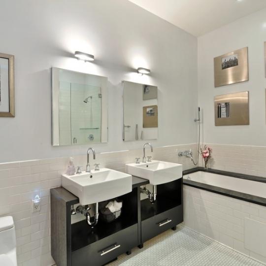 Condos for sale in NYC - Bathroom