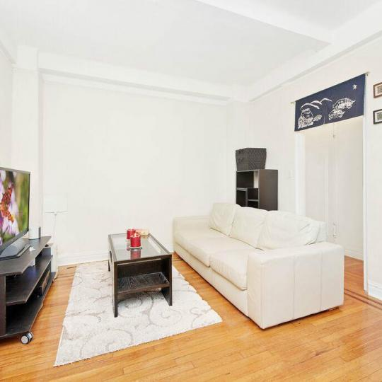 142 East 49th Street Living Room - NYC Condos for Sale