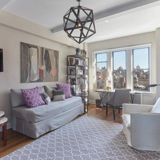 157 East 72nd Street - NYC apartments for sale - living room