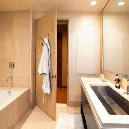 1600 BROADWAY Times Square- NYC Condos For Sale Bathroom