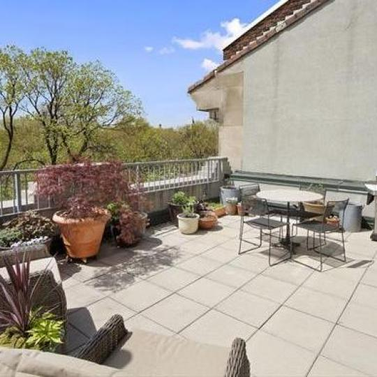 Apartments for sale at 2002 Fifth Avenue in Harlem - Terrace