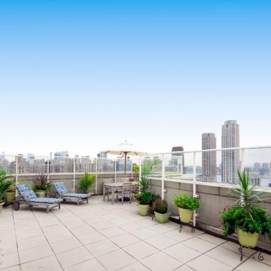 Rooftop Deck at The Alexandria in NYC - Apartments for sale