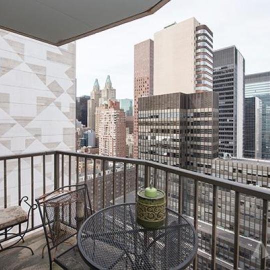 212 East 47th Street Rooftop Deck – Turtle Bay NYC Condominiums