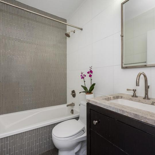 212 East 47th Street Bathroom – NYC Condos for Sale