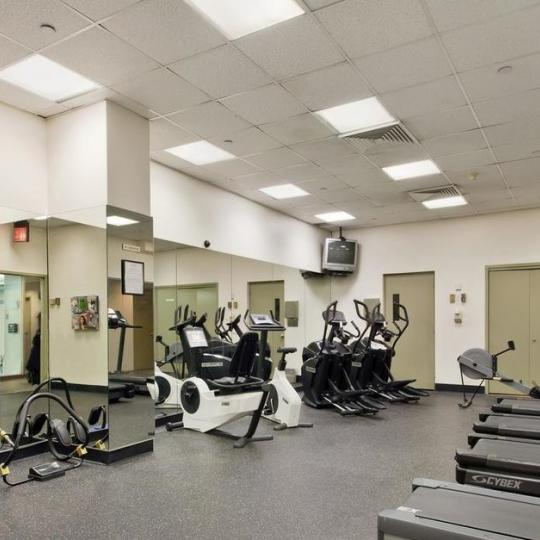 Fitness Center at 250 East 40th Street in Murray Hill