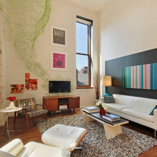 305 Second Avenue - NYC apartments for sale - TV room