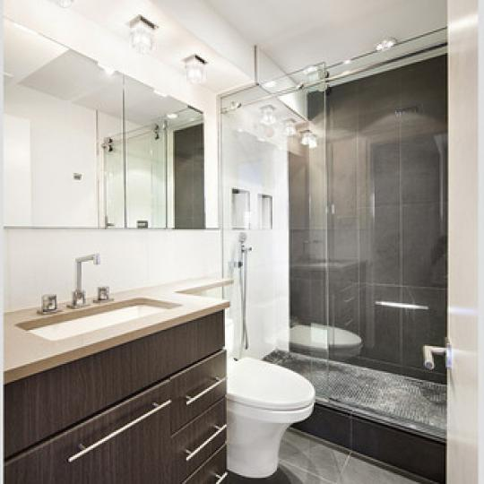 Apartments for sale at The Cheyney in NYC - Bathroom