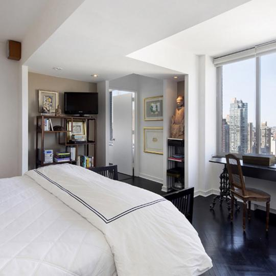 Bedroom at Leighton House at Upper East Side