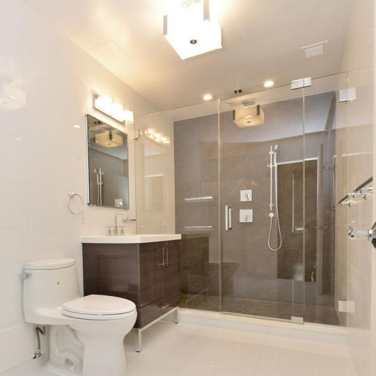 Apartments for sale at 380 Lenox Avenue in Harlem - Bathroom