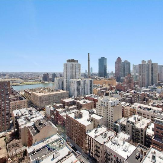 Condos for sale at Hampton House in Manhattan