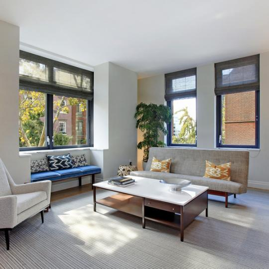 Condos for sale at 455 West 20th Street in Chelsea - Livingroom