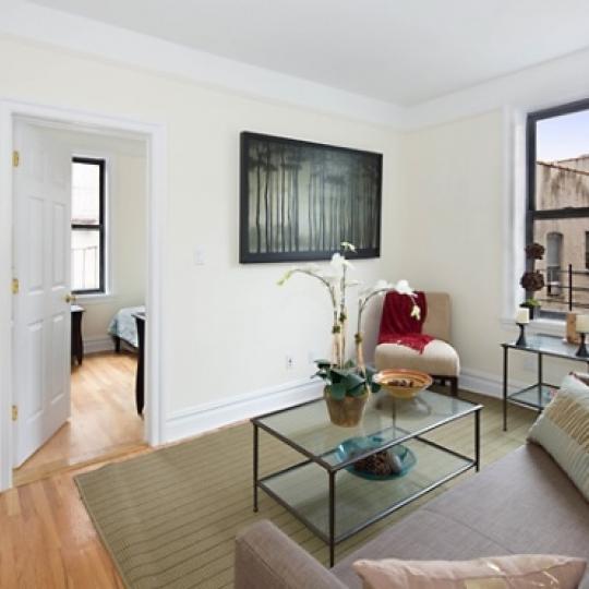63 West 107th Street - Manhattan - Living Room