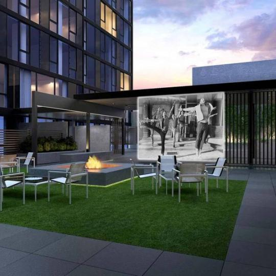 540 West - Outdoor Courtyard with Screening Area