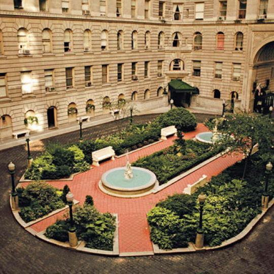 The Apthorp Courtyard - Manhattan Condos for Sale