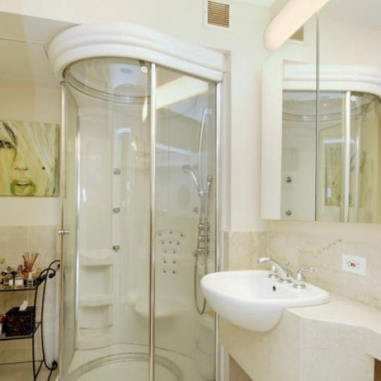 1400 Fifth Avenue Condominiums - Bathroom