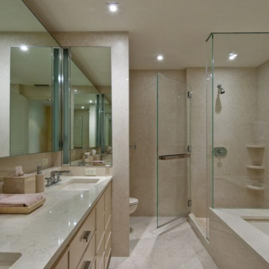 170 East End Avenue Bathroom - Manhattan Condos for Sale