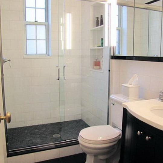 25 Fifth Avenue Bathroom – Manhattan Condos for Sale