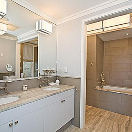 595 West End Avenue Manhattan – Bathroom
