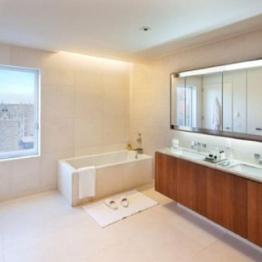 Element Condominium Bathroom – Manhattan Condos for Sale