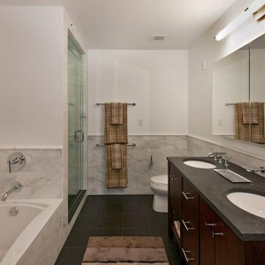 800 Tenth Avenue Bathroom – NYC Condos for Sale