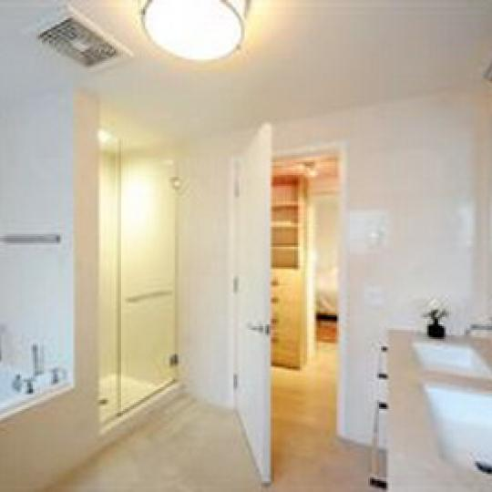 233 East 17th Street Bathroom - Manhattan New Condos