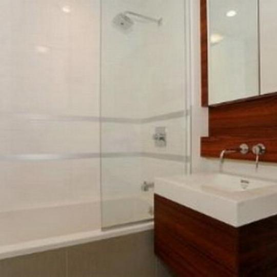 333 East 109th Street NYC Condos – Bathroom at Pascal