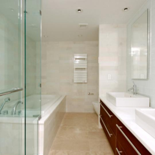 16 Warren Street Manhattan - Penthouse Bathroom at Tribeca Townhomes