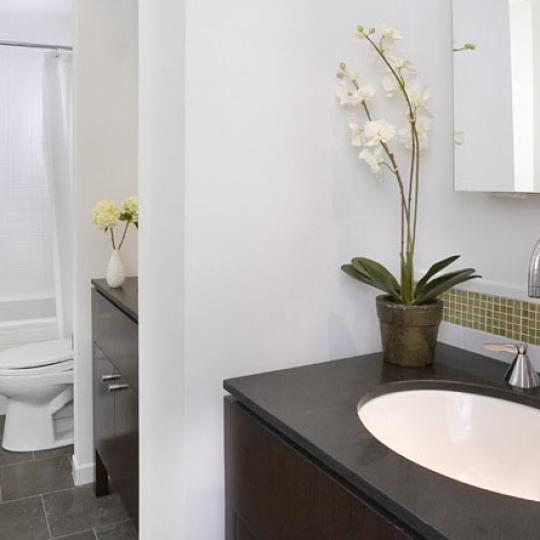 1474 Third Avenue Manhattan - Bathroom at The New Yorker Condominium