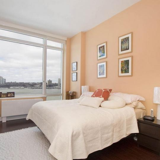 100 Riverside Boulevard Bedroom – NYC Condos for Sale