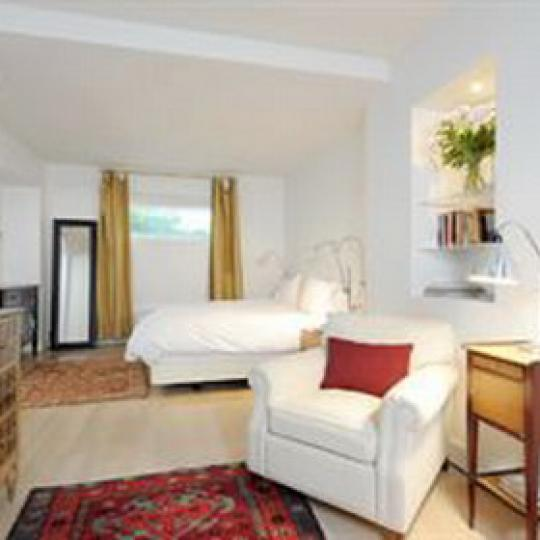 Landmark 17 Bedroom - Gramercy Park NYC Condominiums