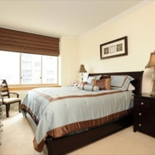 Wellington Tower Bedroom - Manhattan Condos for Sale