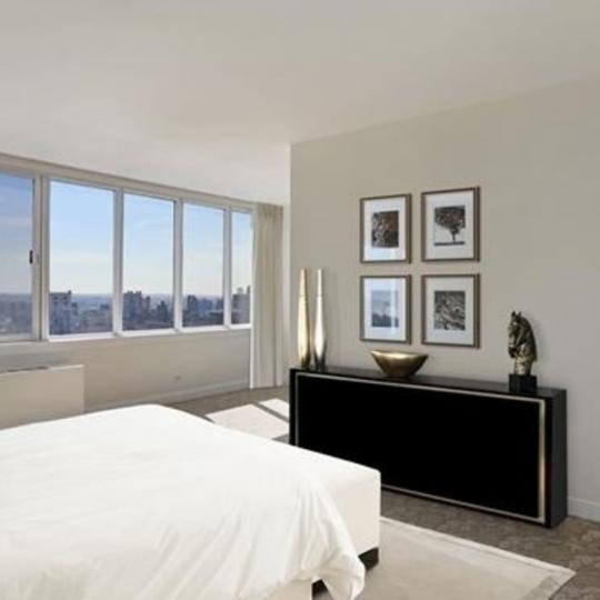 Condos for sale at 455 East 86th Street in Manhattan - Bedroom