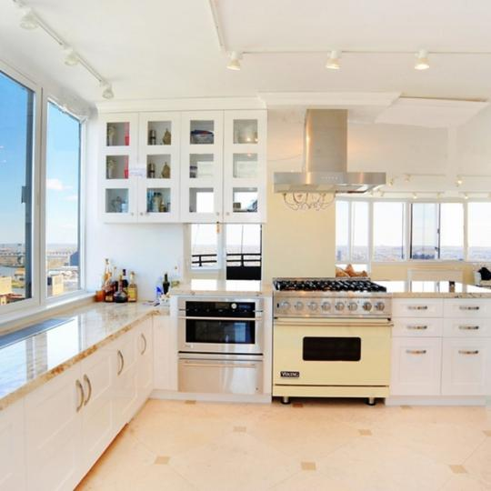 Open Kitchen at 455 East 86th Street in NYC