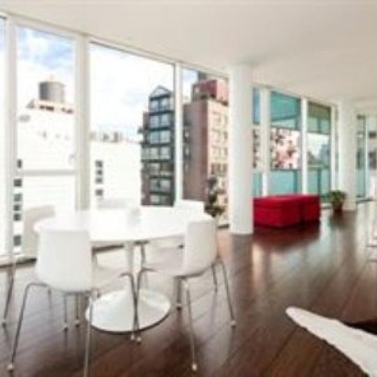173 Perry Street Condominiums - Dining Area