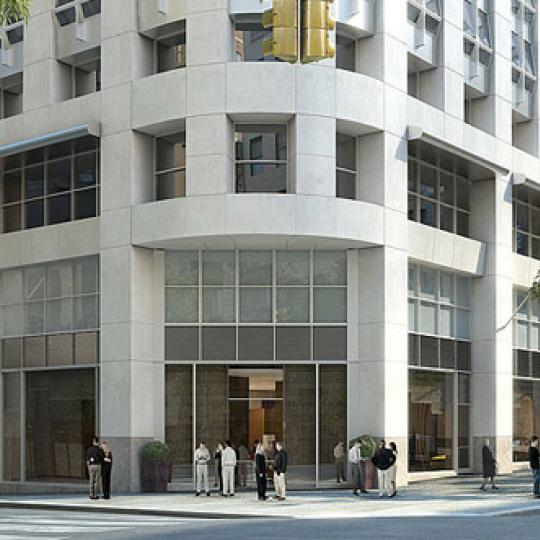 400 Fifth Avenue Entrance – Manhattan Condos for Sale
