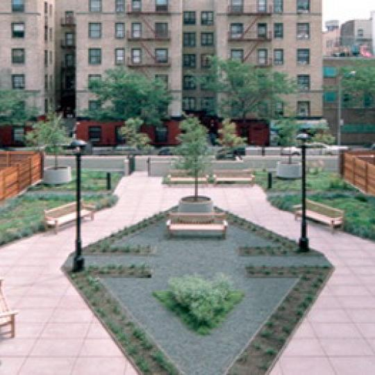 220 West 148th Street Garden – Manhattan New Condos