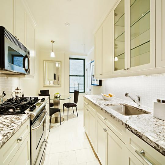 595 West End Avenue New Construction Building Kitchen – NYC Condos
