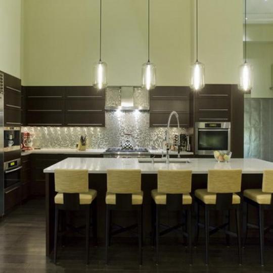 Diamond on Duane Condominiums – Kitchen