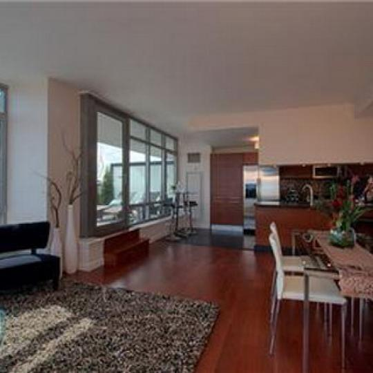 1485 Fifth Avenue Manhattan – Living Room at 5th on the Park