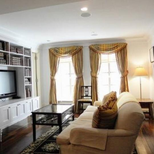 Barbizon 63 Living Room - 140 East 63rd Street Condos for Sale