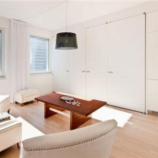 70 West 45th Street Living Room – Manhattan New Condos