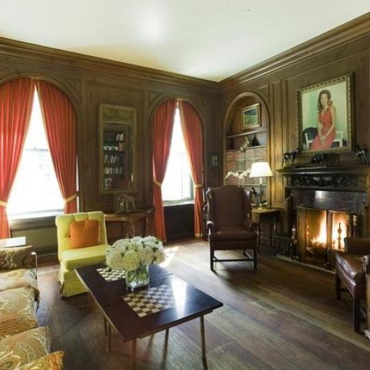740 Park Avenue Living Room - Condos for Sale