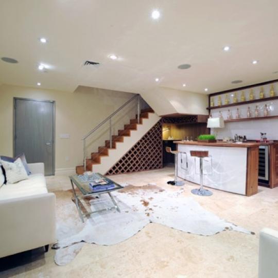 157 East 84th street Living Room - Manhattan New Condos