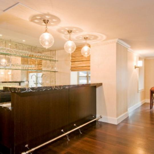 140 East 63rd Street Recreation Bar – NYC Condos for Sale