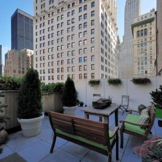 Greenwich Club Residences Condominiums – Rooftop Deck