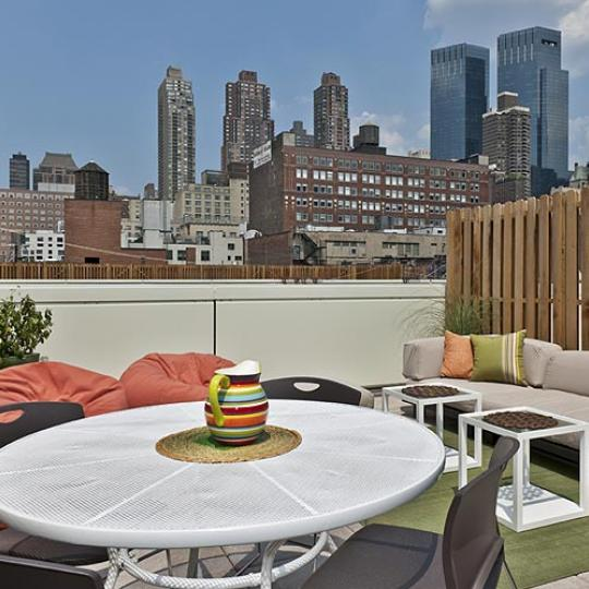 Griffin Court Rooftop Deck Cabanas - 800 Tenth Avenue Condos for Sale