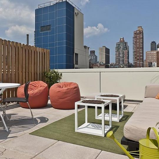 Griffin Court Condominiums – Rooftop Deck Cabanas