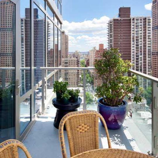 Georgica Terrace - 305 East 85th Street Condos for Sale