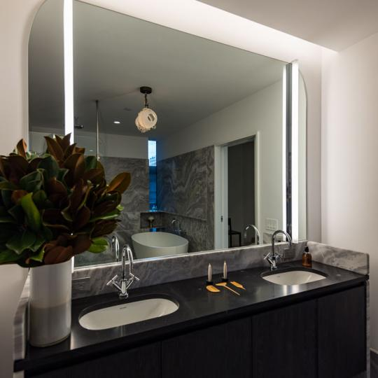 Condos for sale at 325 West Broadway - Bathroom