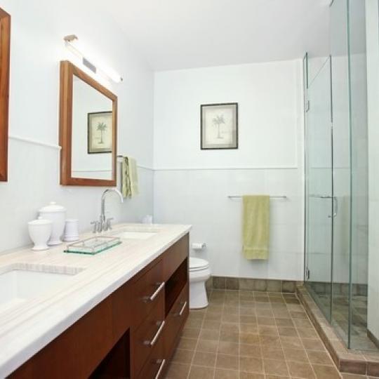 10 West End Avenue - Bathroom - Manhattan Condos for Sale